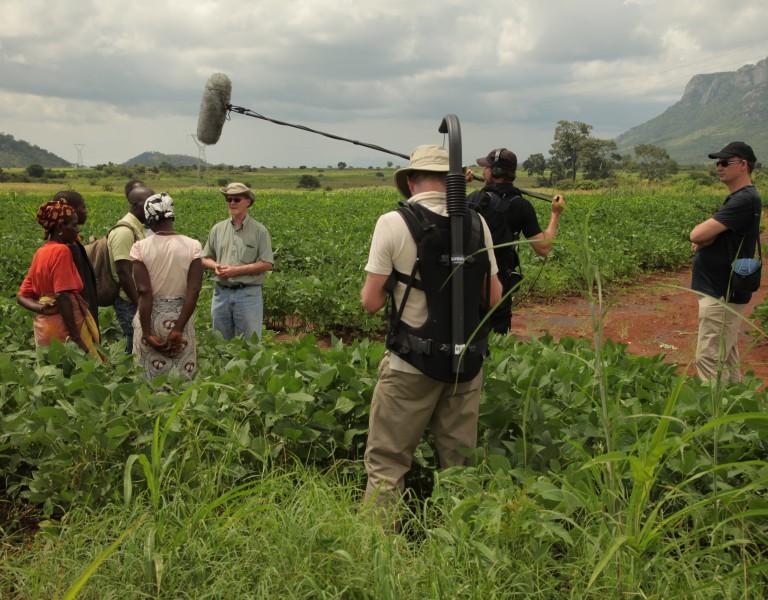 """Malawi, USA, Indien - überall auf der Welt sucht """"10 Milliarden""""  nach der Zukunft unserer Ernährung."""